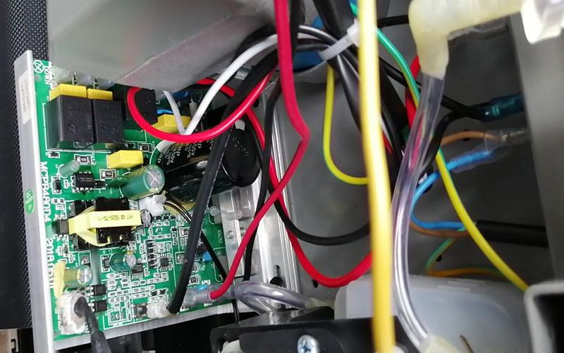 Máy chạy bộ lỗi e02